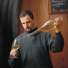 Cave Alain Freyburger Maître de Chai Schlumberger vin Alsace
